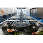 """Grill  PROFESIONAL antiaderent 28x28cm + CADOU: Tigaie PROFESIONALA antiaderenta 24cm FARA PFOA, inclusiv INDUCTIE, ARCOS """"Samoa"""""""